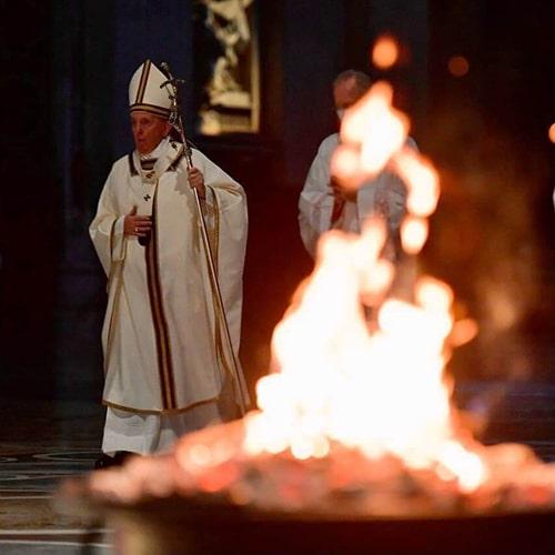 Папа Римский страстная пятница